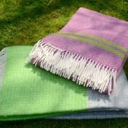 pink & green blankets