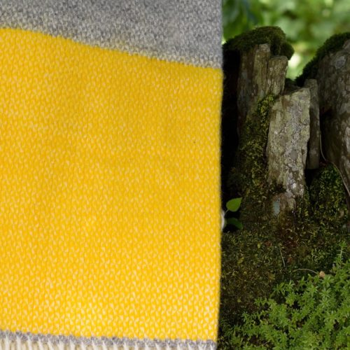 Grey & Yellow Illusion blanket